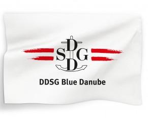 DDSG Blue Danube_Logo auf Fahne_fahnen_logo_alles_RGB
